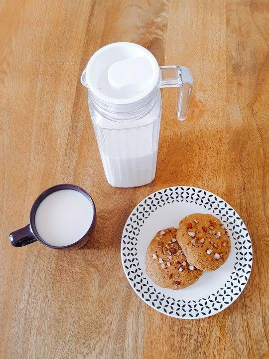 lait végétal d'amandes